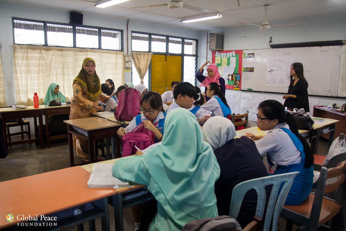 Teaching Collaborative Writing ~ Photos cci collaborative teaching global peace