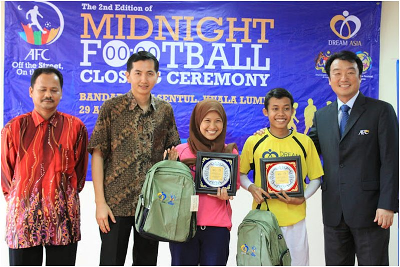 Midnight football prize giving