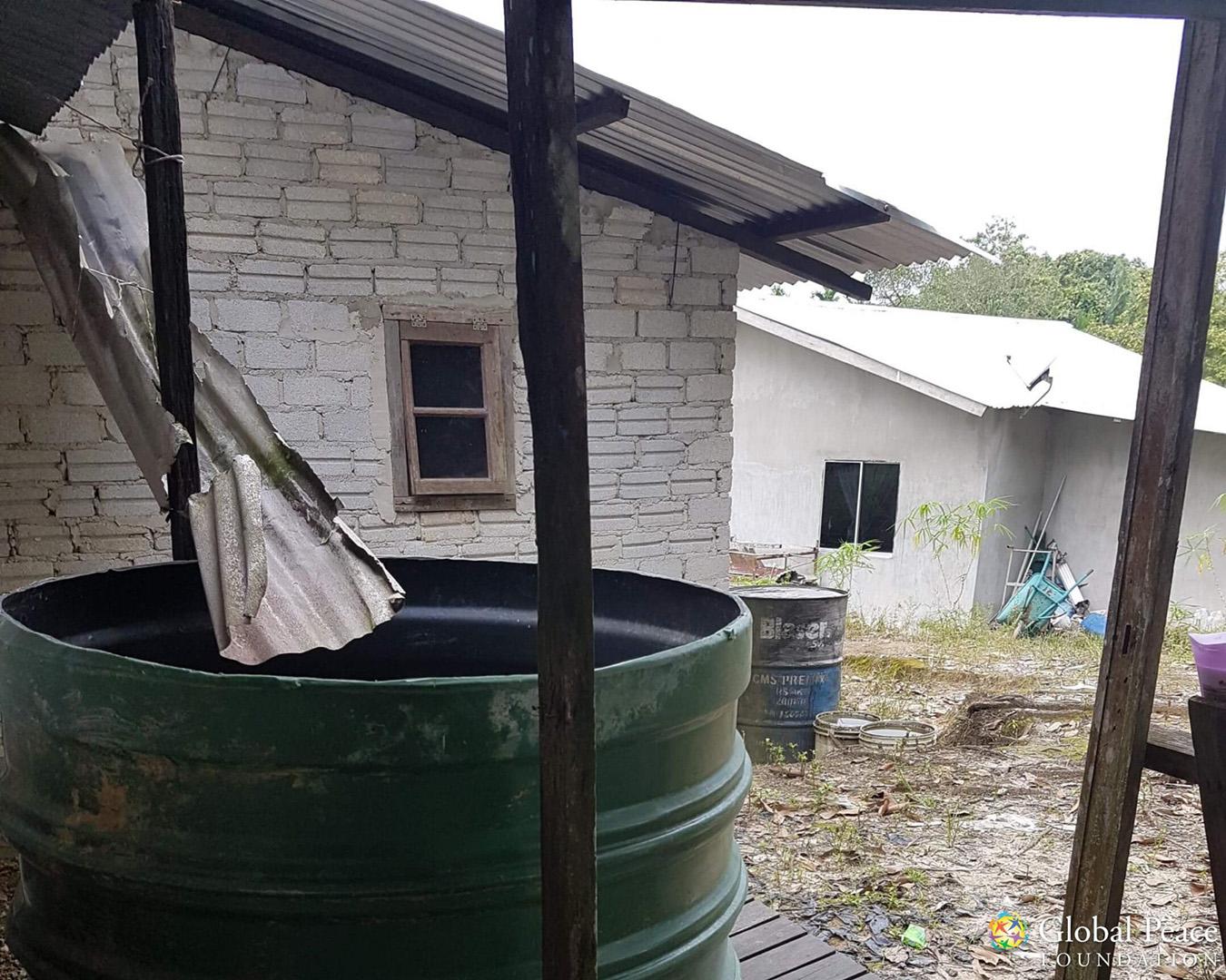 Rudimentary rainwater harvesting system